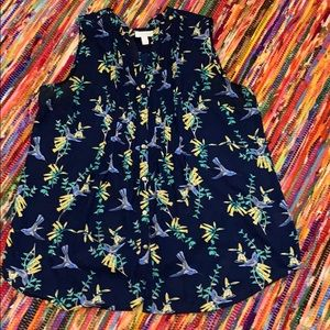Sleeveless top with birds